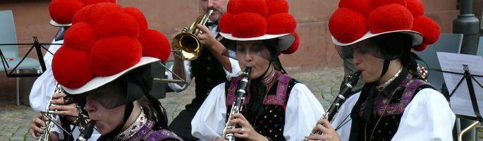 Musikantinnen der Trachtenkapelle Kirnbach