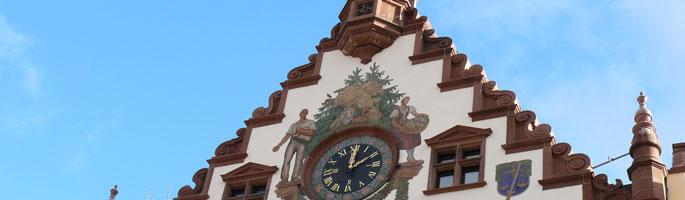 Giebel des Rathauses in Wolfach